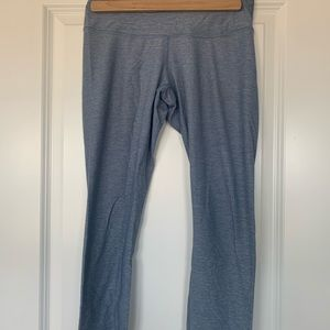 Lululemon light blue heather crops, size 6